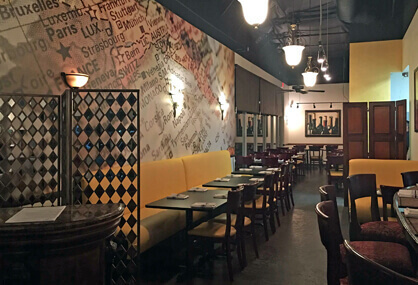 Brighten your restaurant with a wall mural