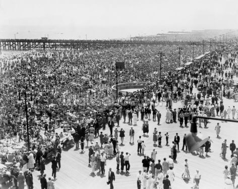 Coney Island on July 4th 1936 Wallpaper Wall Murals