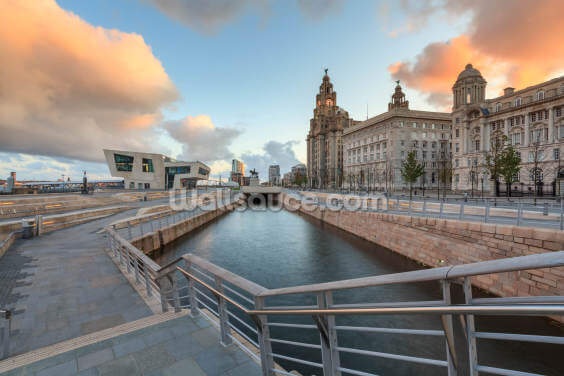 Liverpool Liver Building Sunrise Wallpaper Wall Murals
