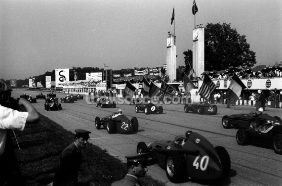 1958 Italian GP at Monza Wallpaper Wall Murals