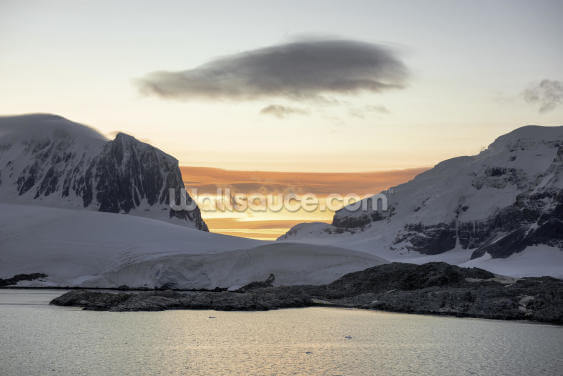 Sunrise over Port Lockroy Wallpaper Wall Murals
