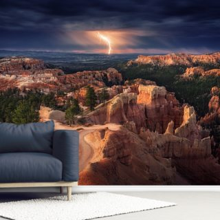 Lightning over Bryce Canyon