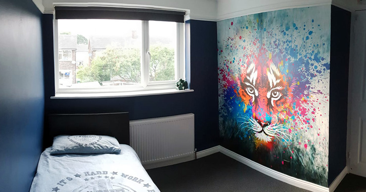tiger art wall feature in boy bedroom