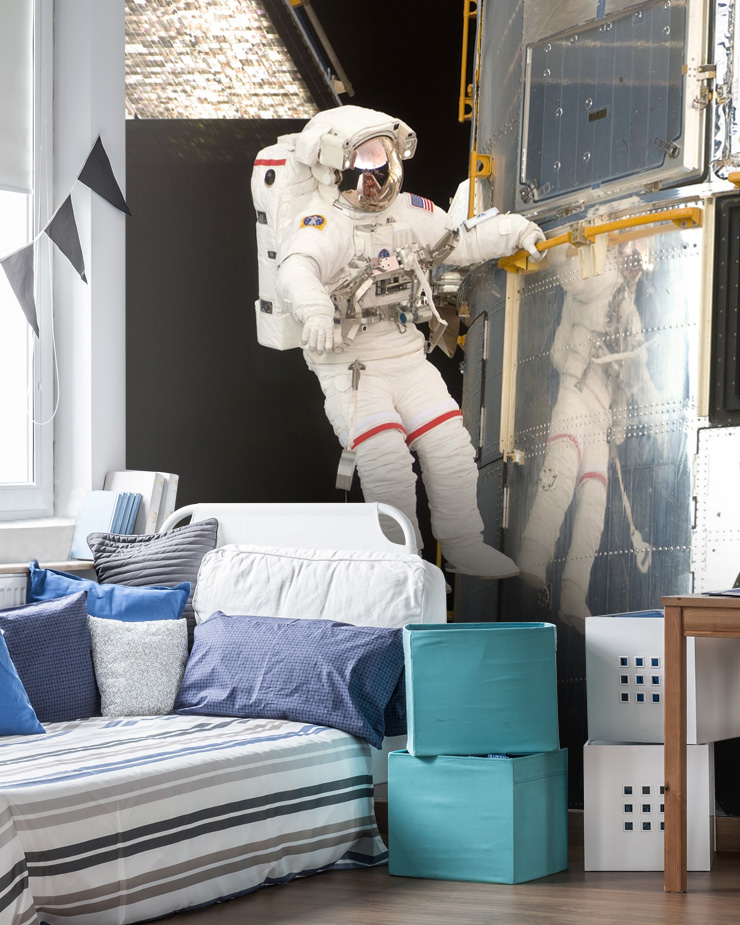 nasa-wallpaper-in-boys-bedroom