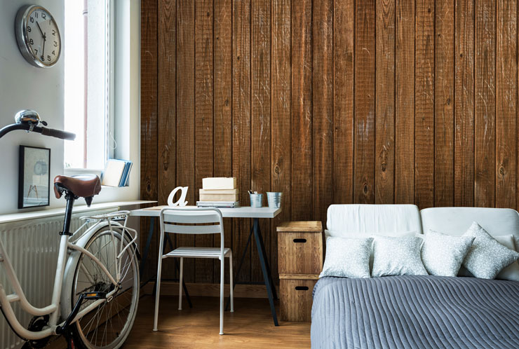 wood texture wall in boho bedroom