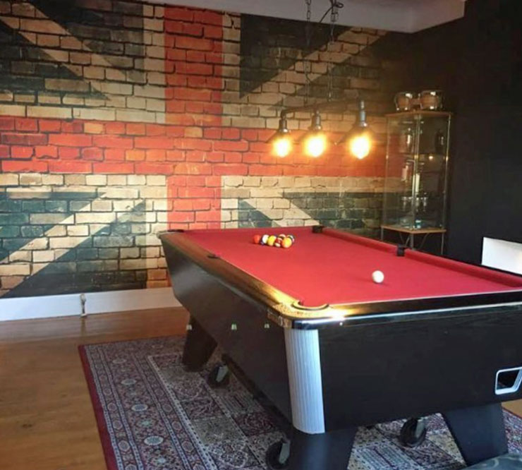 union jack brick effect wall mural in games room