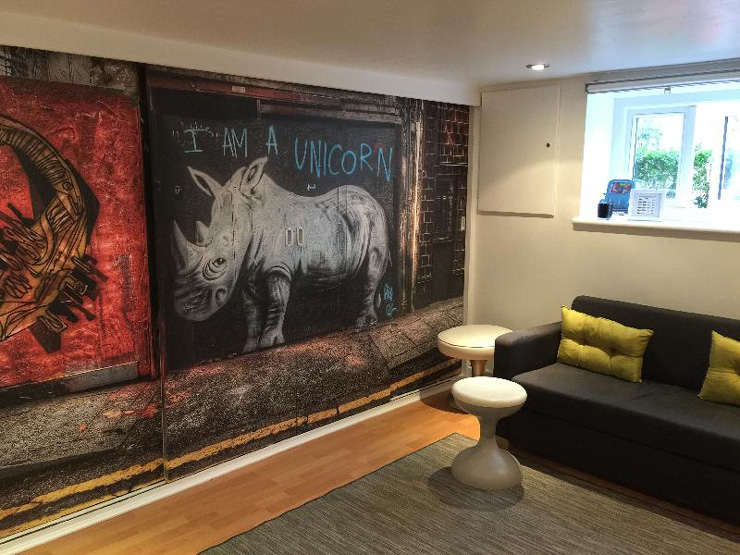Nick-Jackson-mural-in-customer-lounge