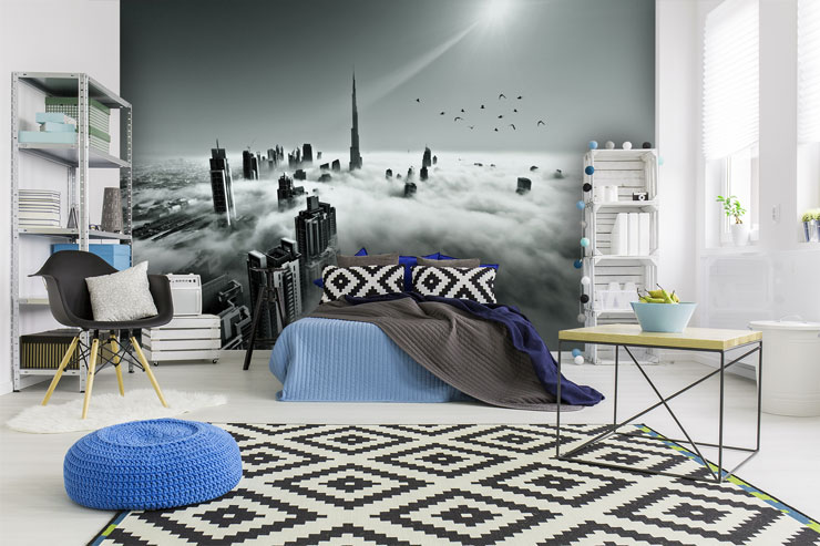 Black-and-white-wallpaper-with-blue-accents