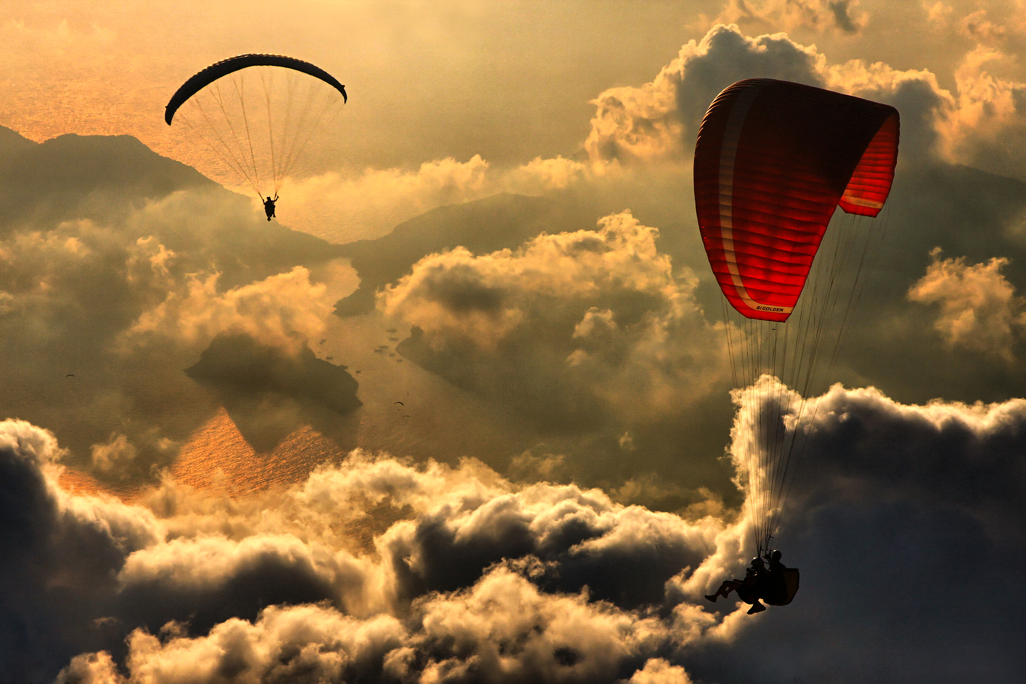 paragliding wall mural & paragliding wallpaper | wallsauce germany