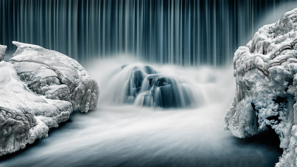 Icy Falls wallpaper mural
