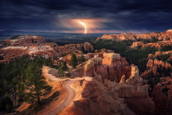 Lightning over Bryce Canyon mural wallpaper