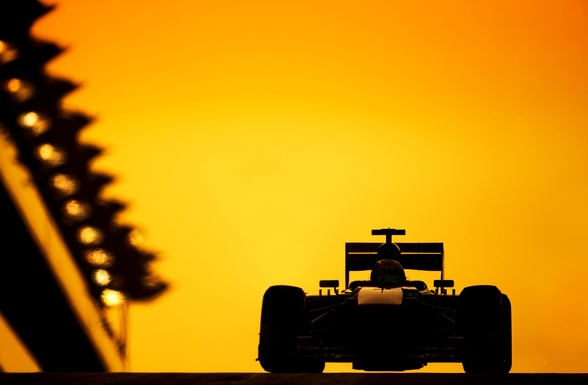 F1 Car Sunset, Abu Dhabi 2013 wallpaper mural