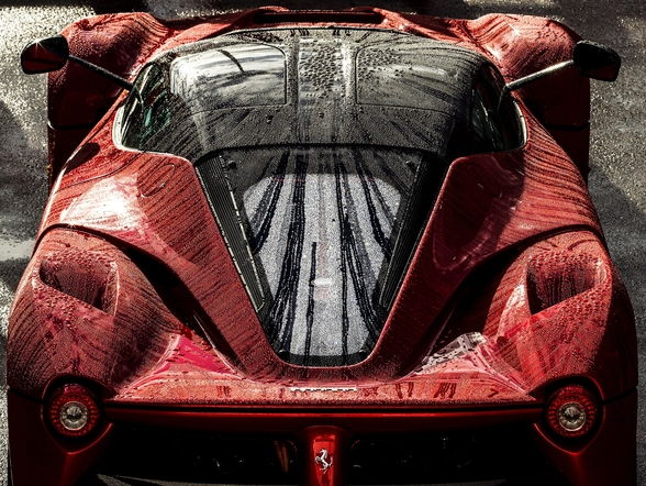 La Ferrari wallpaper mural