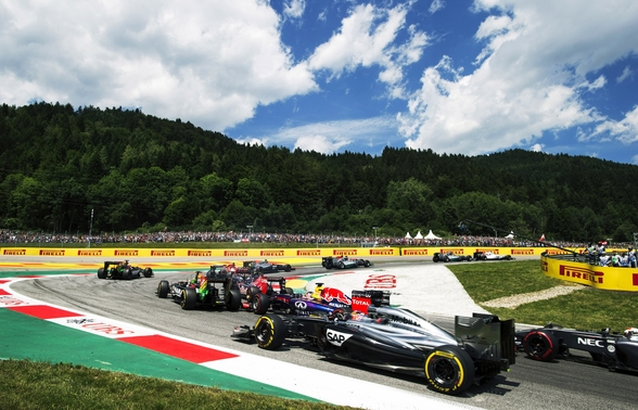Lap 1 Turn 2 Austria 2014 wall mural