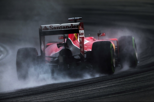 Sebastian Vettel Locks Up wallpaper mural