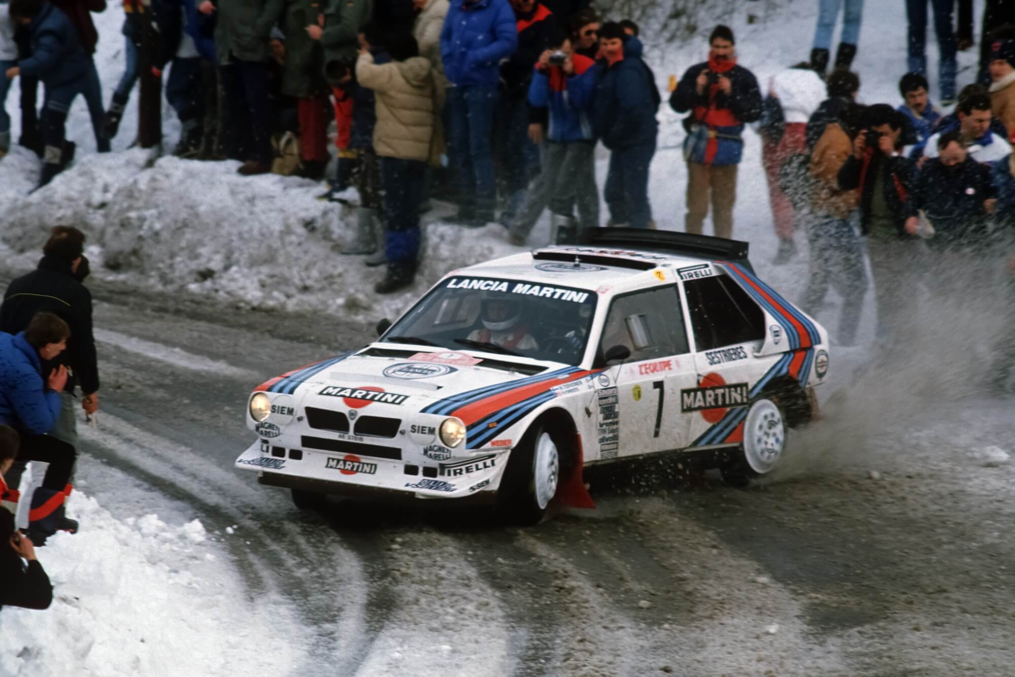 This Lancia Delta S4 Is A Ballet Of Brutality - YouTube