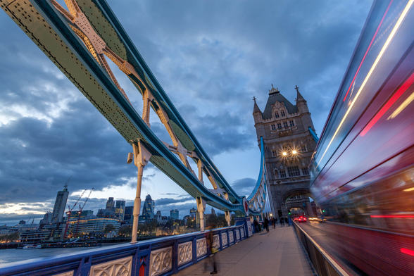 London Tower Bridge Bus mural wallpaper
