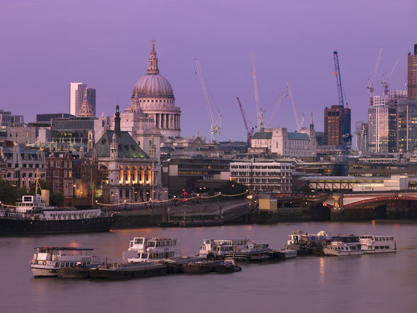 Blackfriars Bridge at Dusk mural wallpaper