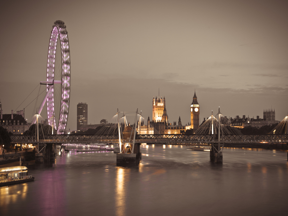 London Eye at Night wallpaper mural