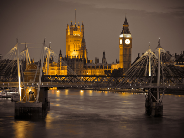 Waterloo Bridge and Houses of Parliament at Night mural wallpaper