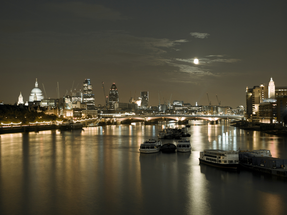 River Thames at Night mural wallpaper