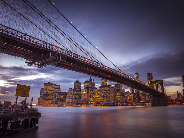 Brooklyn Bridge and Lower Manhatten wallpaper mural