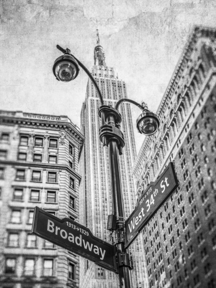 Empire State Building and Lamp Post wallpaper mural