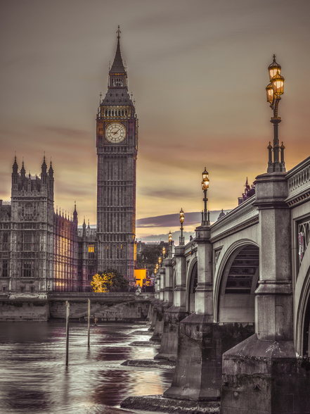 Westminster Bridge and Big Ben from the River mural wallpaper