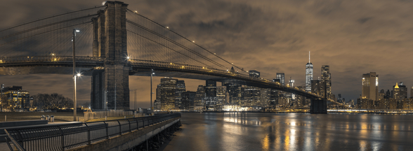 Brooklyn bridge over East River at Dusk wallpaper mural
