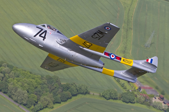 De Havilland Vampire Jet Trainer mural wallpaper