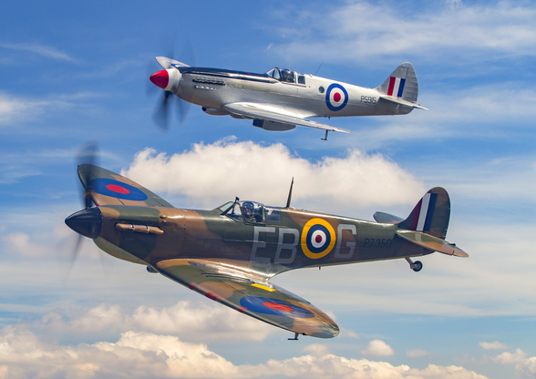Supermarine Spitfire Pair mural wallpaper