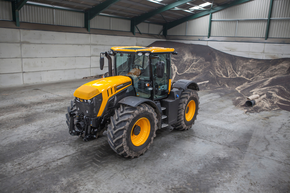 Fastrac JCB mural wallpaper
