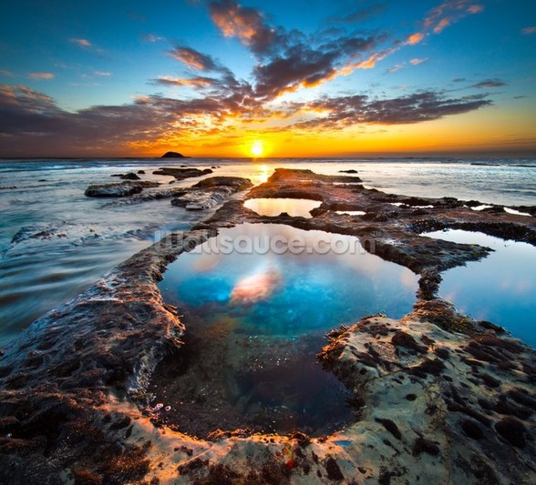 Maori Bay Rock Pools wall mural