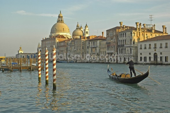 Grand Canal Gondola mural wallpaper