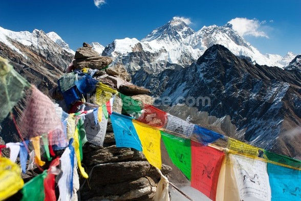 Mt Everest wall mural