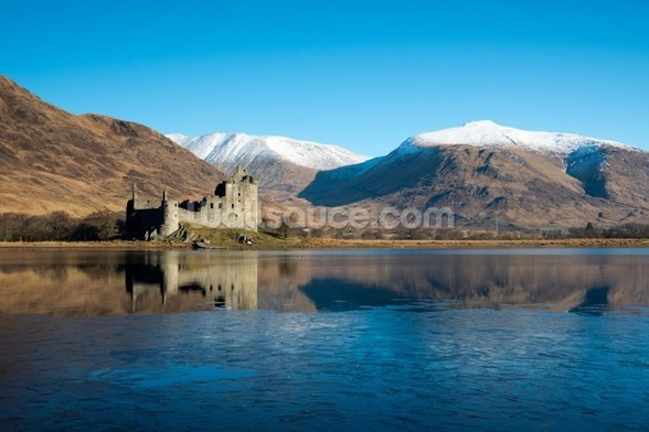 Kilchurn Castle, Scotland mural wallpaper