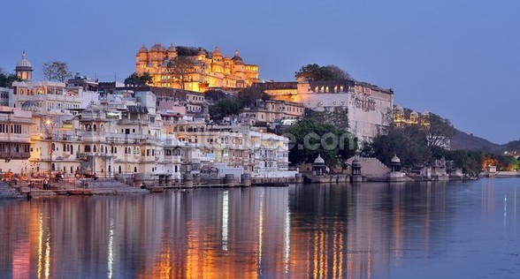 Udaipur Sunset wall mural