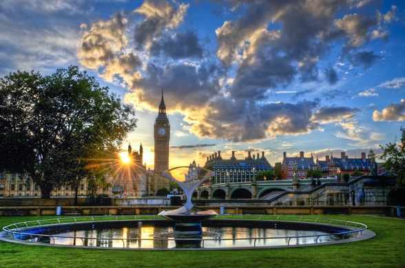Sunset over Westminster mural wallpaper
