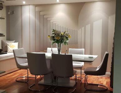 3d wallpaper in dining room