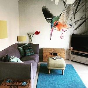 Kingfisher oriental wallpaper in living room