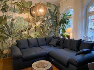 tropical jungle wallpaper in living room