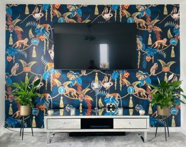 monkey puzzle wallpaper in living room