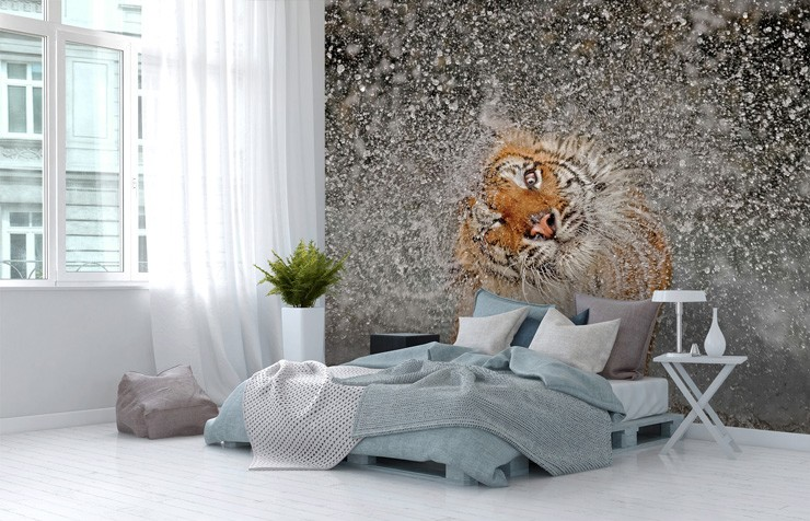 tiger_wallpaper_mural_in_bedroom