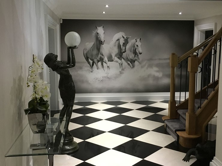 Horse-mural-in-Simon's-home