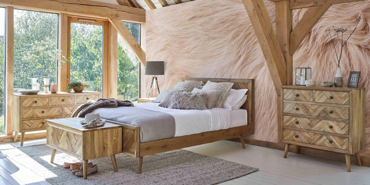 natural wood decor bedroom with blush pink fur wall
