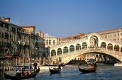 Venice Rialto Bridge mural wallpaper thumbnail