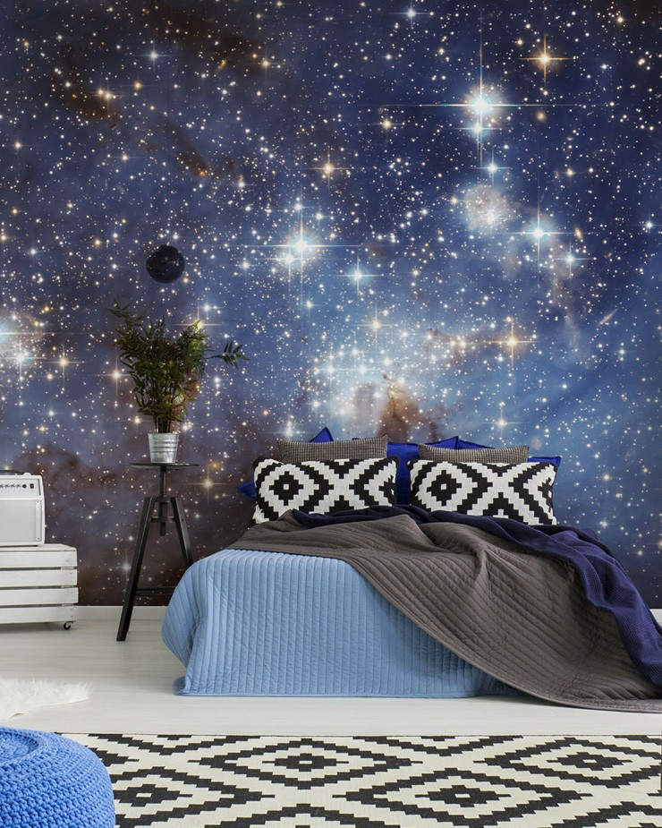 giant-space-mural-in-bedroom