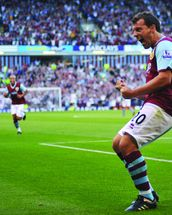 Robbie Blake Celebration, Burnley v Man Utd wallpaper mural thumbnail
