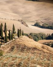 Farmhouse Tuscany wall mural thumbnail