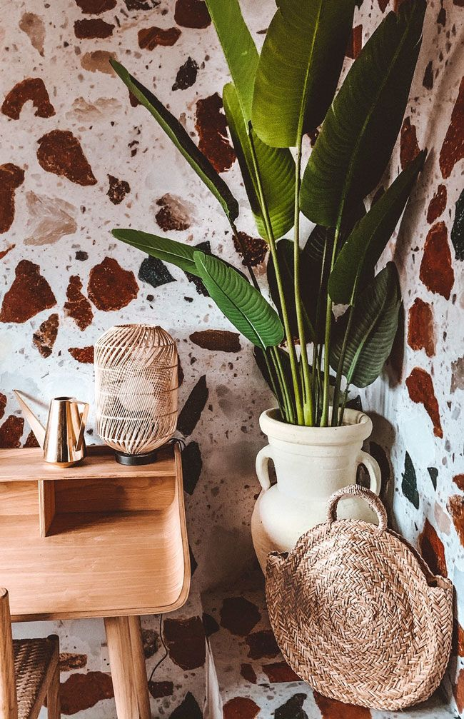 Live Your Best Life in 2020 with these New Year Wallpaper Trends